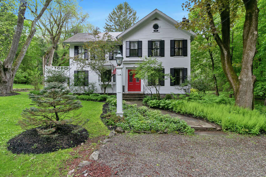 House of the Week: 46 Old South Rd., West Sand Lake | Realtor: Scott Varley and Richard Romand of Keller Williams Capital District | Discuss: Talk about this house