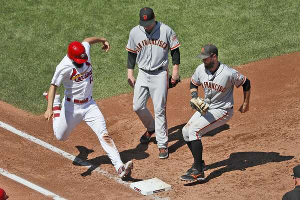 Giants clobbered by Cards, head to L.A. where Dodgers could clinch