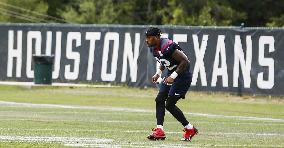 Houston Texans defensive back Aaron Colvin (22) runs a backpedaling drill after practice during training camp at the Greenbrier Sports Performance Center on Tuesday, July 31, 2018, in White Sulphur Springs, W.Va. Photo: Brett Coomer/Staff Photographer