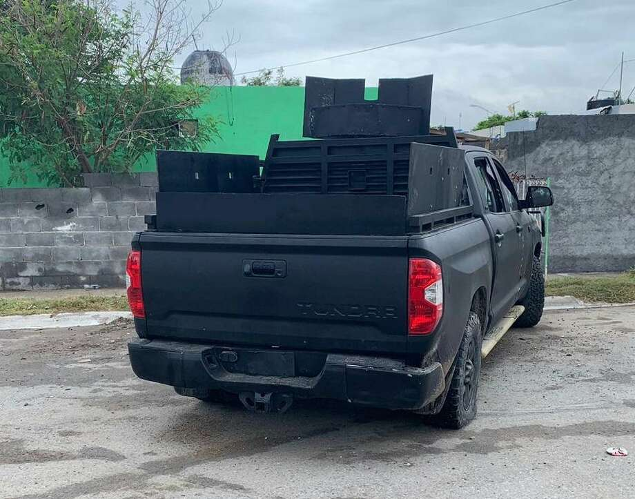 Tamaulipas state police officers seized this armored Toyota Tundra following a gun battle that left eight suspected cartel members dead on Thursday in west Nuevo Laredo. Photo: Foto De Cortesía