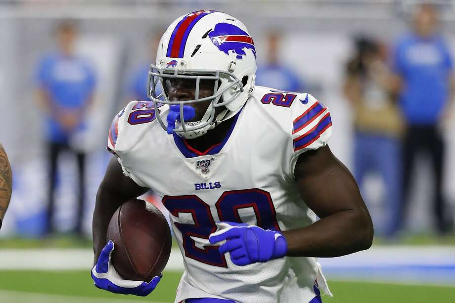 Bills running back Frank Gore has 14,748 career yards rushing, fourth on the NFL list, but rushed for only 722 in an injury-shortned 2018, his fewest since his rookie year with the 49ers. Photo: Rick Osentoski / Associated Press