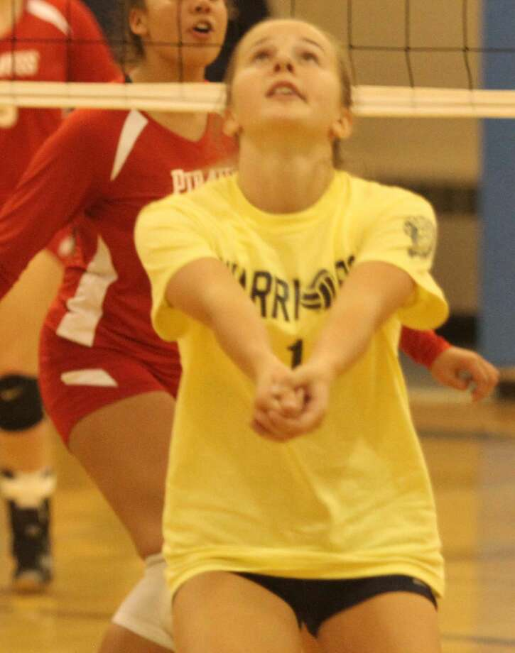 North Huron varsity volleyball defeated Peck in four sets on Thursday, Sept. 5. Photo: Eric Rutter / Huron Daily Tribune