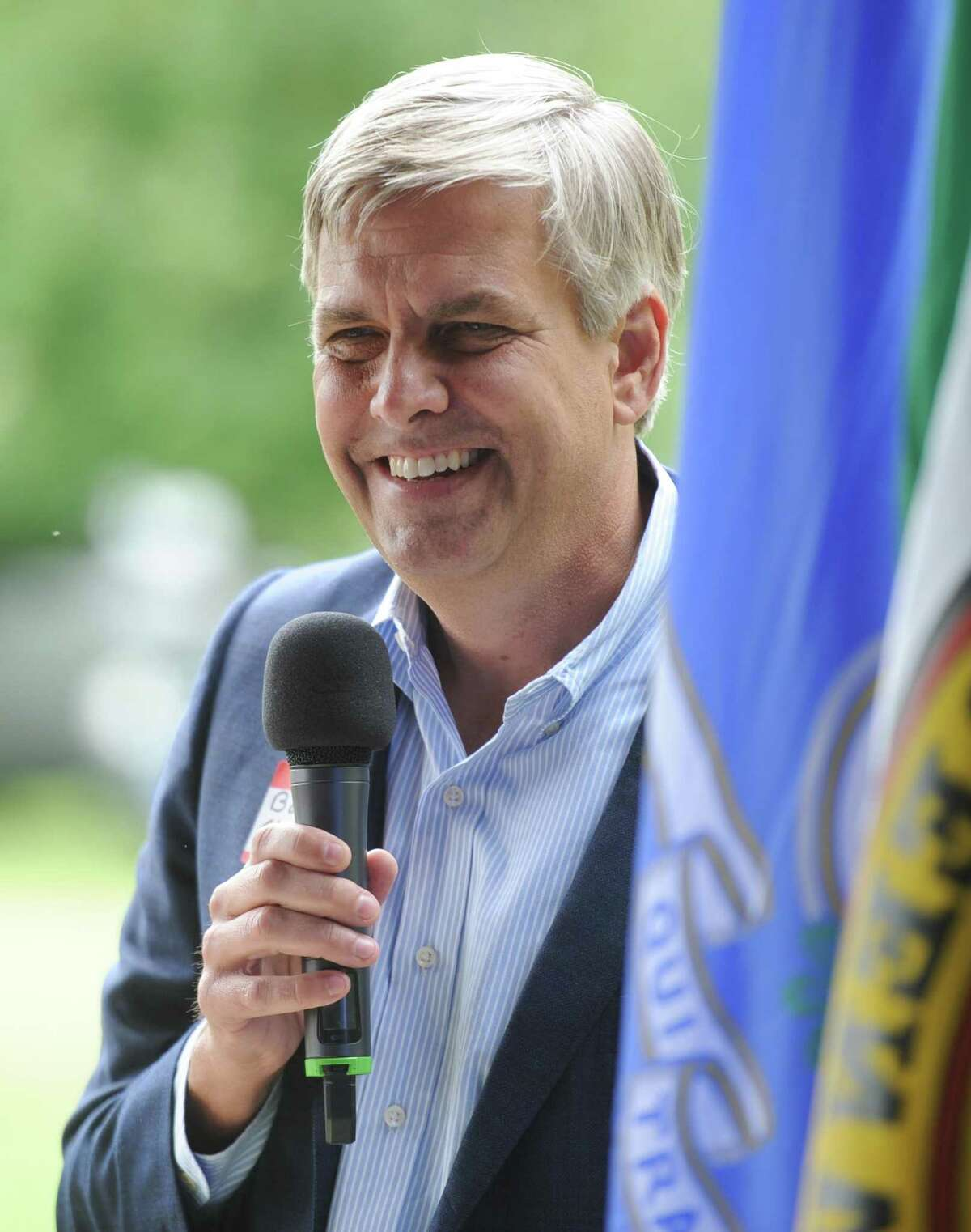 Republican gubernatorial candidate Bob Stefanowski speaks at the 87th annual Cos Cob Republican Clambake at Greenwich Point Park in Old Greenwich, Conn. Sunday, Sept. 23, 2018. Republican leaders got together to drum up support for gubernatorial candidate Bob Stefanowski and other GOP candidates for state and local government positions.