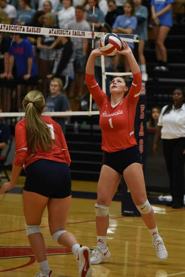 Atascocita setter Trinity Funderburk prepares to setup an outside hitter for the lady Eagles in a District 22-6A match up against Kingwood at the Eagles gym. Photo: Contributed Photo