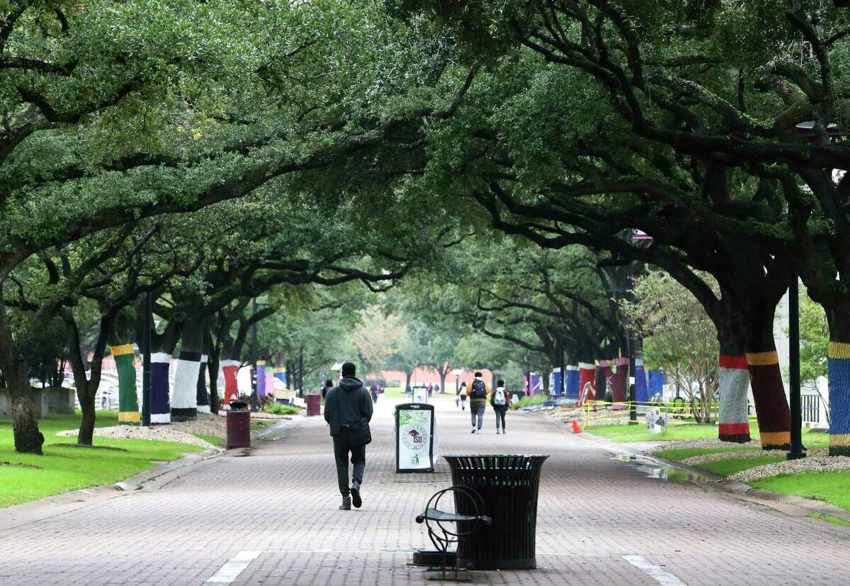 The Tiger walk on Texas Southern University campus is slated to test an autonomous bus as part of it's area transportation plan.
