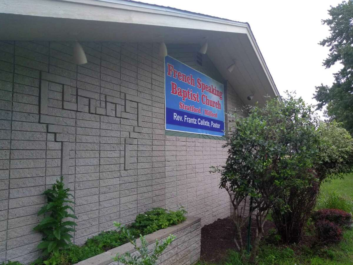 The French Speaking Baptist Church of Stratford is now located in the former Jehovah's Witnesses Kingdom Hall at 494 Milford Point Road.