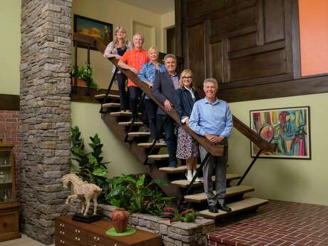 "The cast of ""The Brady Bunch"" — from left, Susan Olsen, Mike Lookinland, Eve Plumb, Christopher Knight, Maureen McCormick, and Barry Williams — joins forces with HGTV stars including Jonathan and Drew Scott for a makeover on the house used for exterior shots in the 1969-74 sitcom. ""A Very Brady Renovation,"" premieres on HGTV, Sept. 9."