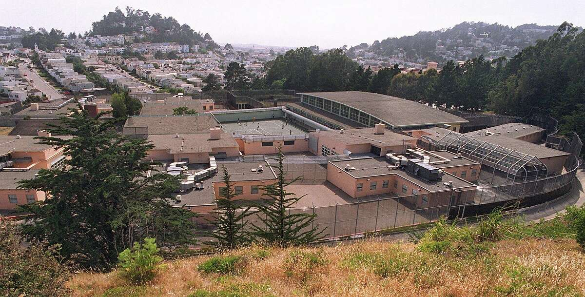 YGC HILL/C/19JUN96/MN/MACOR Youth Guidance Center of San Francisco. As seen from the hill behind the facility. Chronicle Photo: Michael Macor