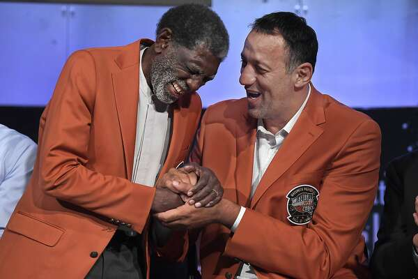 Warriors' lifer Al Attles is in basketball Hall of Fame