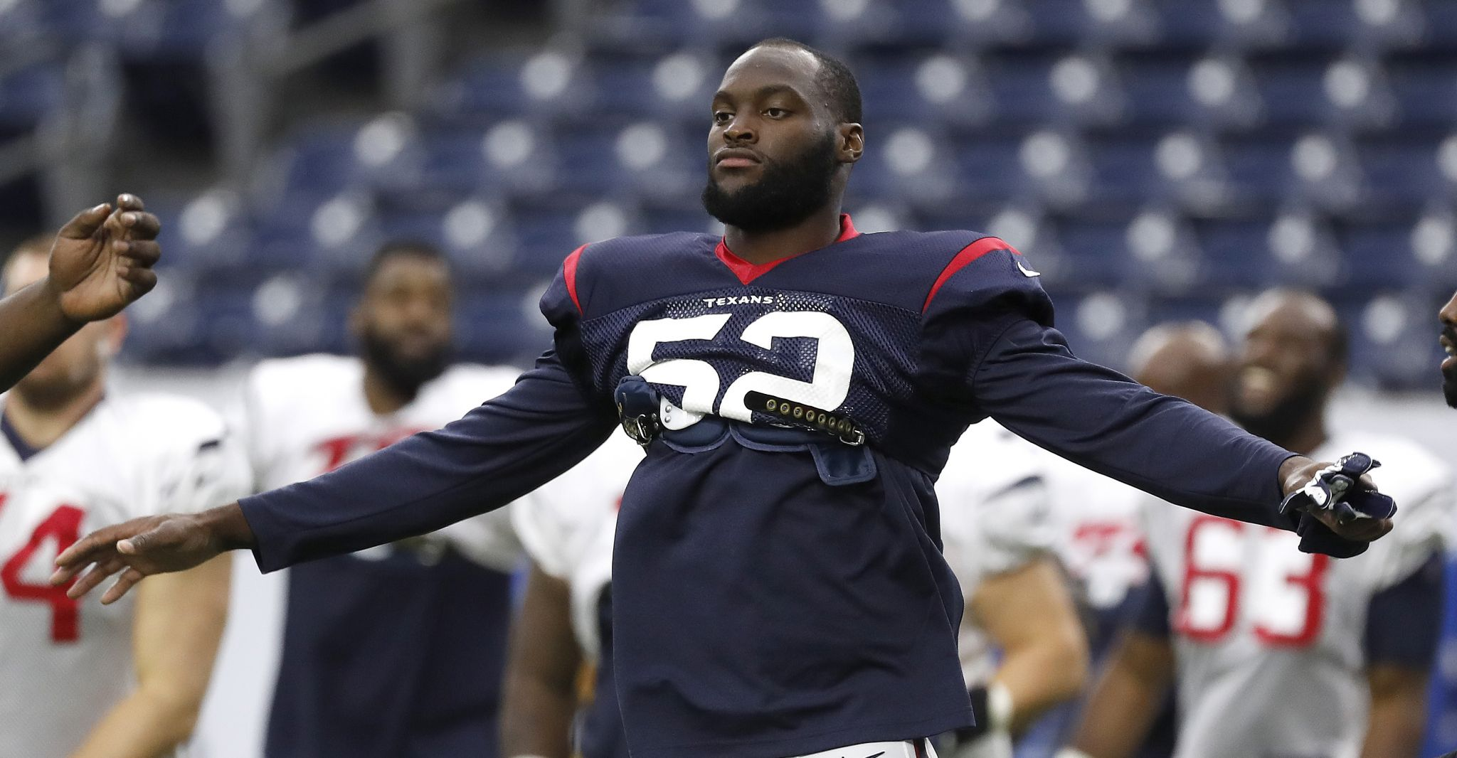 Texans' Barkevious Mingo reflects on whirlwind week