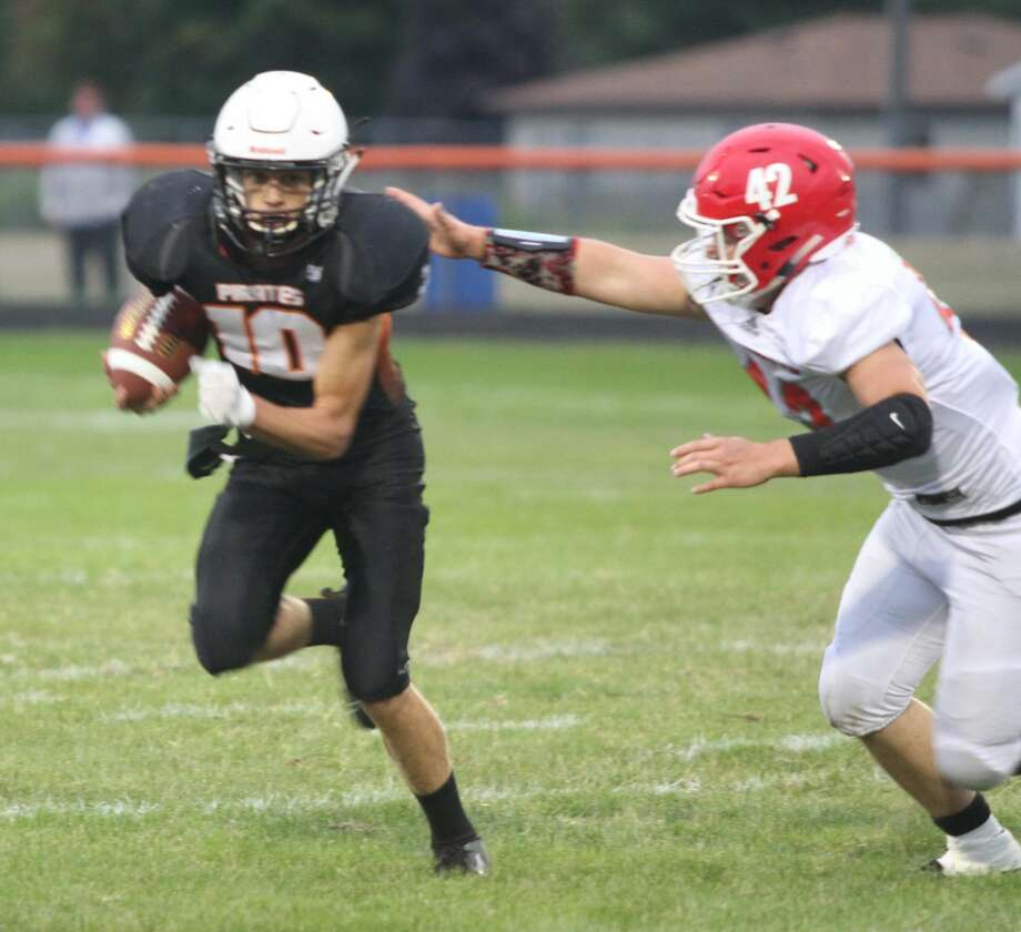 Harbor Beach battles Marlette at home in a week two matchup. Photo: Eric Rutter / Huron Daily Tribune