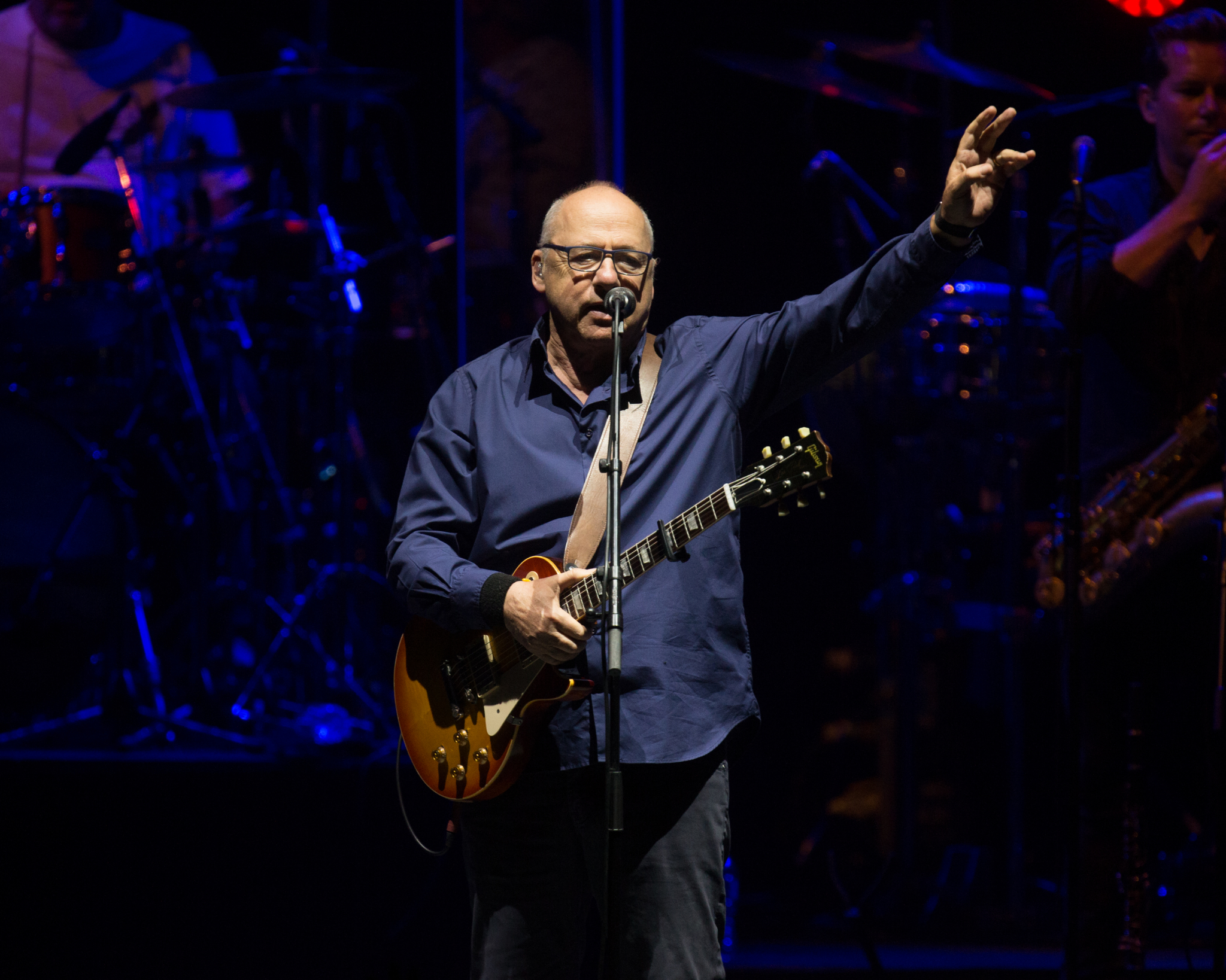 Mark Knopfler stops time in Sugar Land