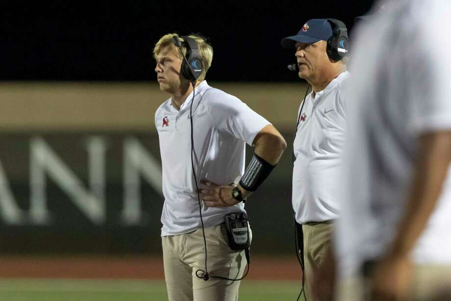 Atascocita head coach Craig Stump (right) stands on the sidelines next to his son Joshua Stump (left) during the second half of a high school football game Friday, Sep 6, 2019, in Humble, Texas. Photo: Joe Buvid, Houston Chronicle / Contributor / © 2019 Joe Buvid