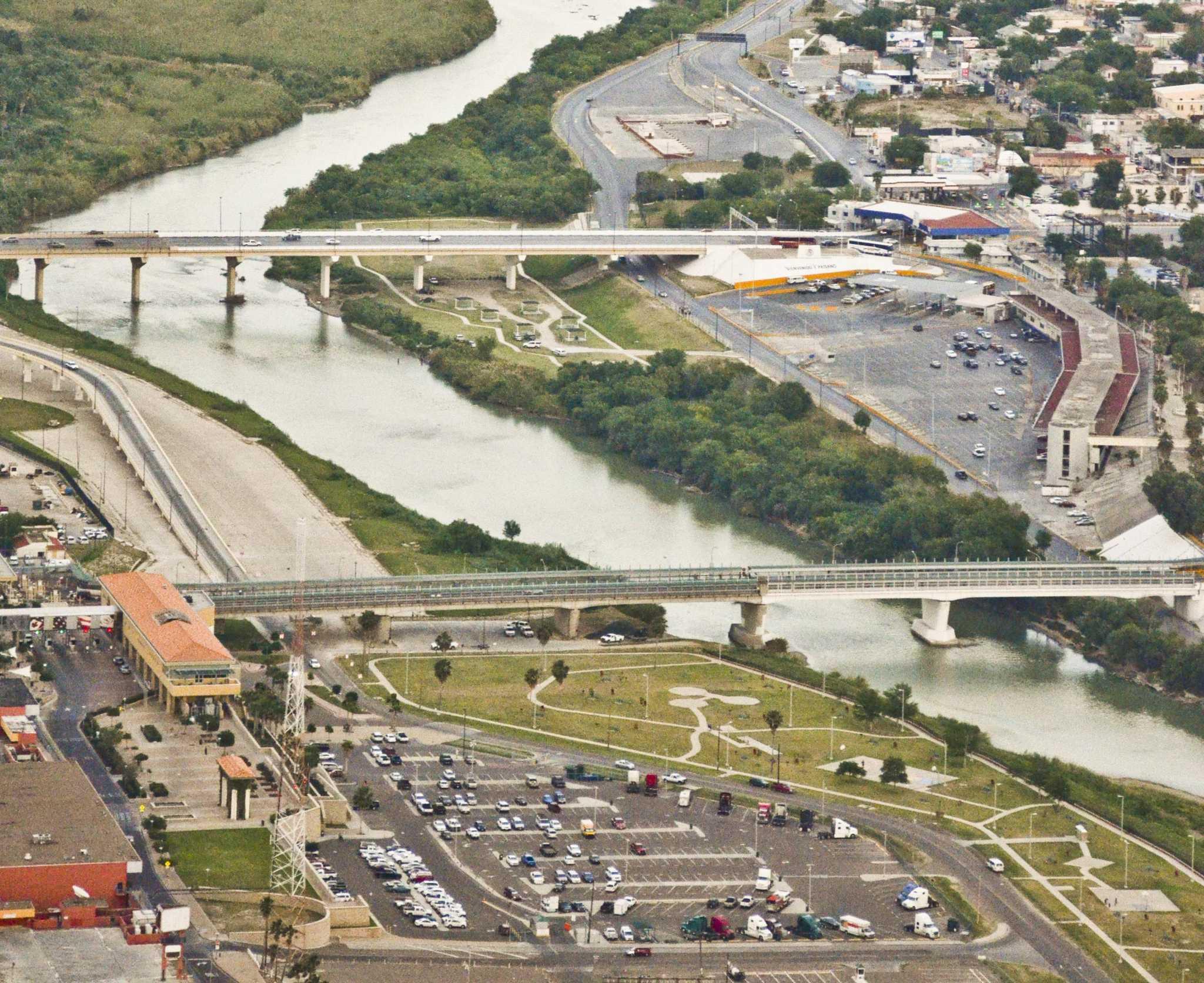 Muro fronterizo - Laredo Morning Times