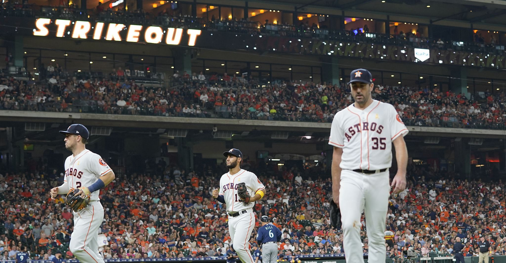 Another gem for Justin Verlander as Astros edge Mariners