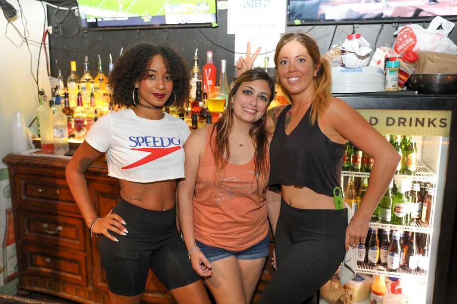 Texas Longhorn fans came out to support their team on Saturday evening, September, 7th at Bentley's Bar. Photo: Marco Garza