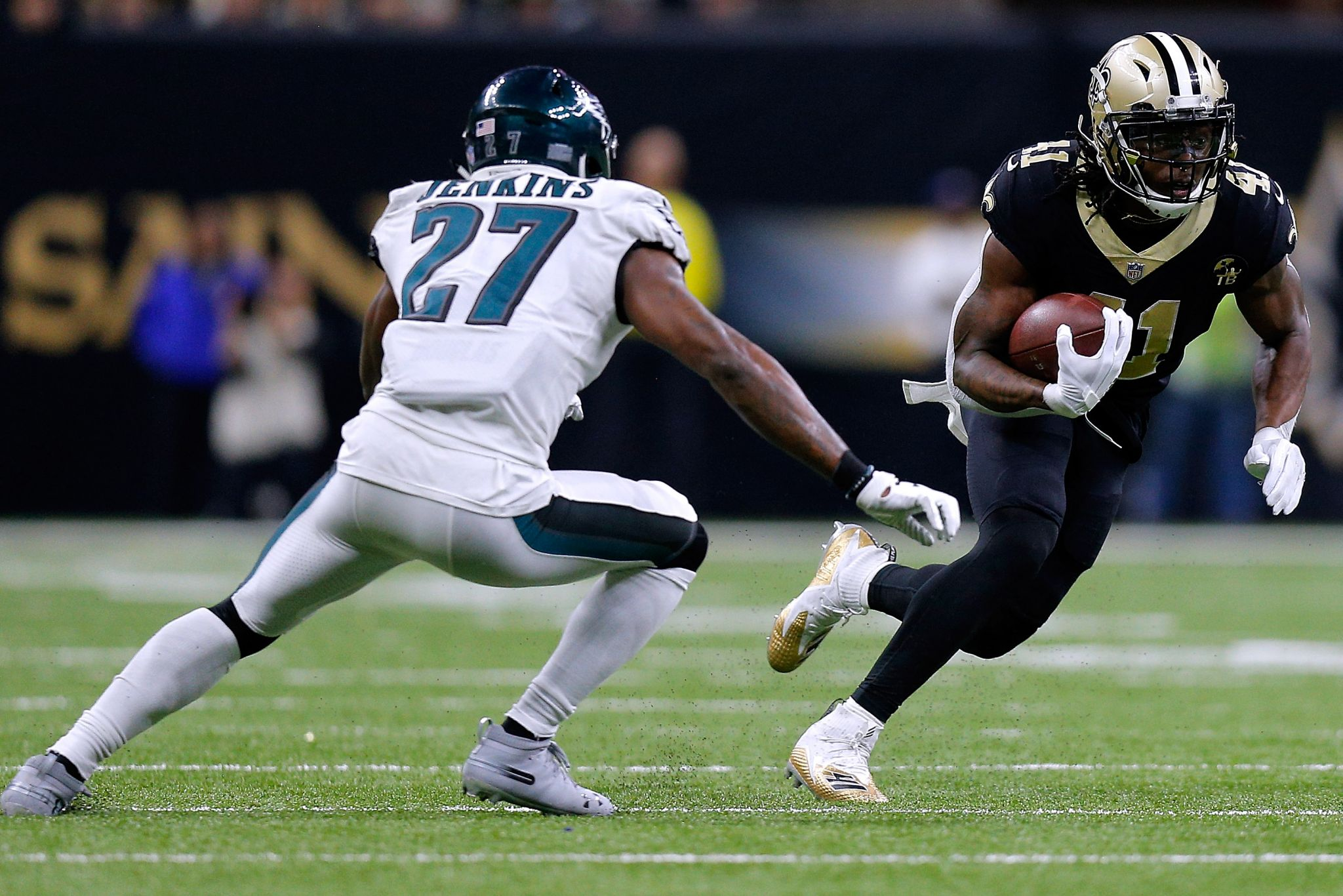 Saints' Alvin Kamara presents multidimensional threat to Texans' defense
