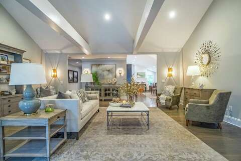On the Market: Elegant contemporary bungalow in Fairfield