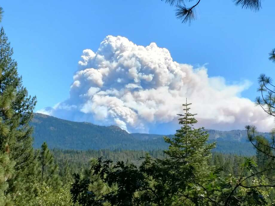 Photo of the Walker Fire in Plumas National Forest taken from Highway 32 between Chico and Forest Ranch. Taken Sept. 6, 2019. Photo: Twitter: @NessaBurdette / Deborah Barrett
