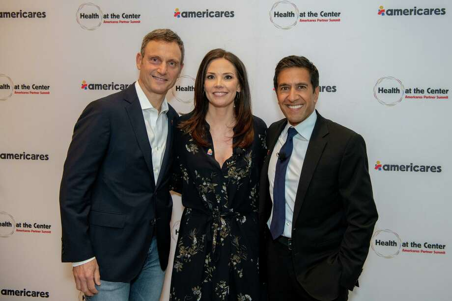 Sanjay Gupta (right) will be honored at the Americares Airlift Benefit on Oct. 5, co-hosted by Tony Goldwyn (left) and Erica Hill (center). Photo: Photo By Christopher Williams /Americares.