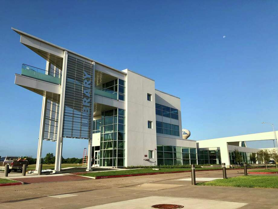 In recognition of its Grand Re-Opening this summer, Fort Bend County Libraries' Missouri City Branch Library,  1530 Texas Parkway, will host an Open House on Saturday, Sept. 14, from noon to 4 p.m. Photo: Fort Bend County Libraries / Fort Bend County Libraries