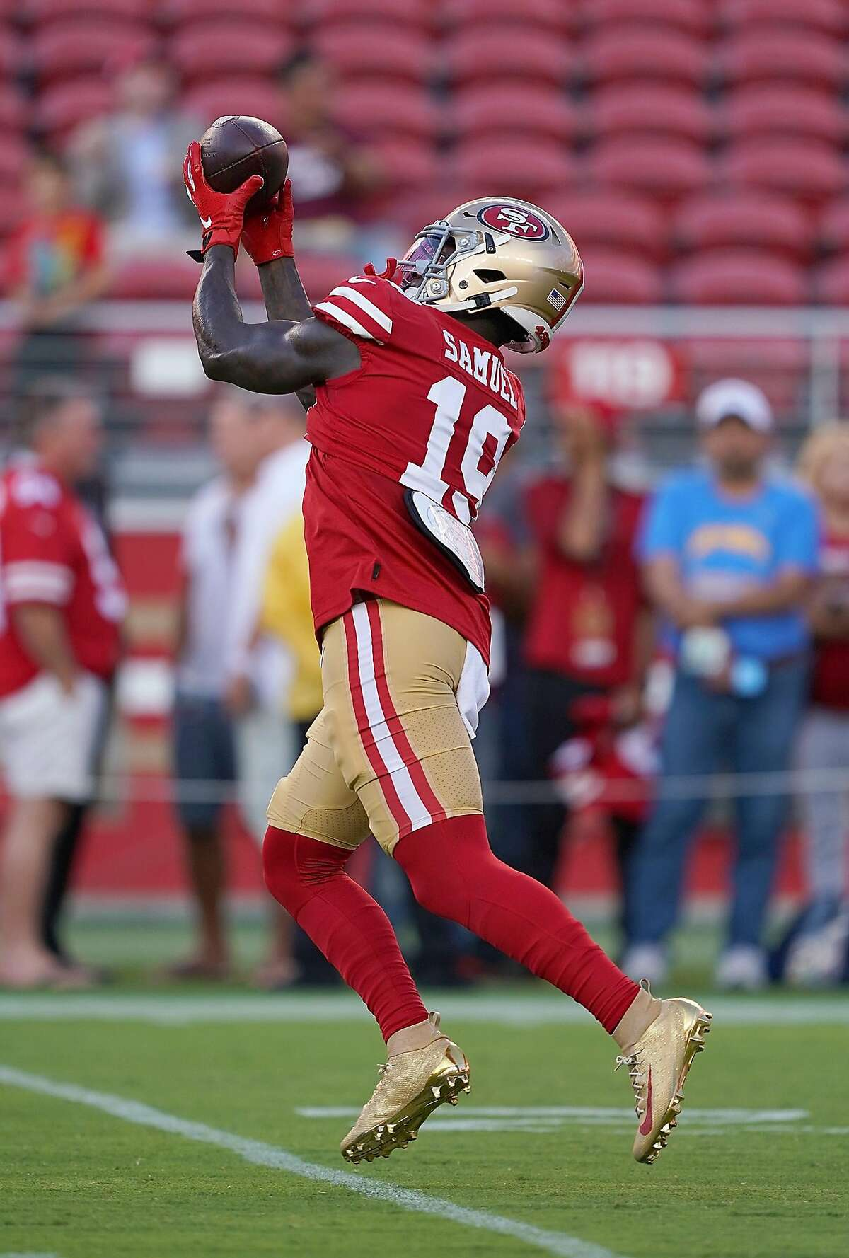 Deebo Samuel #19 of the San Francisco 49ers warms up during pregame warm ups prior to the start of an NFL football game against the Los Angeles Chargers at Levi's Stadium on August 29, 2019 in Santa Clara, California.