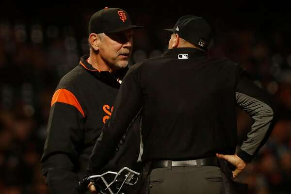 Giants' Posey makes rare admission after first career sacrifice in a late loss to Pirates