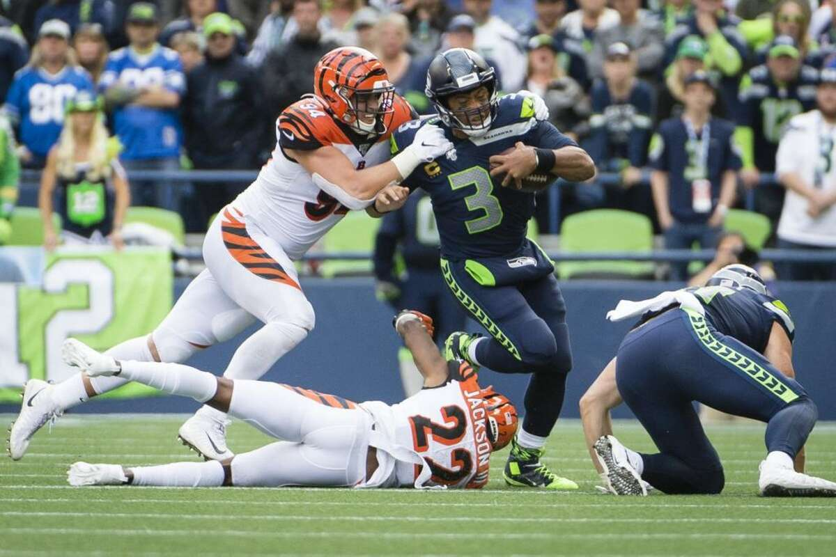What were the Bengals doing that caused the line to struggle? Schottenheimer: