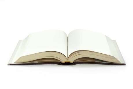Book, open. FOTOLIA