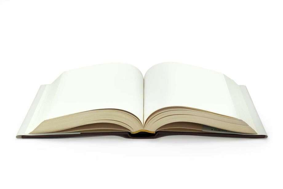 Book, open. FOTOLIA Photo: Claudio Ventrella / Paulista - Fotolia / Paulista - Fotolia