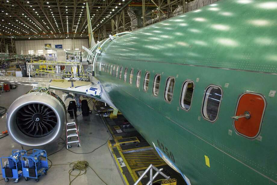 A Boeing 737 MAX 9 jetliner sits on the production floor at the company's manufacturing facility in Renton, Wash., on Feb. 13, 2017. Photo: Bloomberg Photo By David Ryder. / © 2017 Bloomberg Finance LP