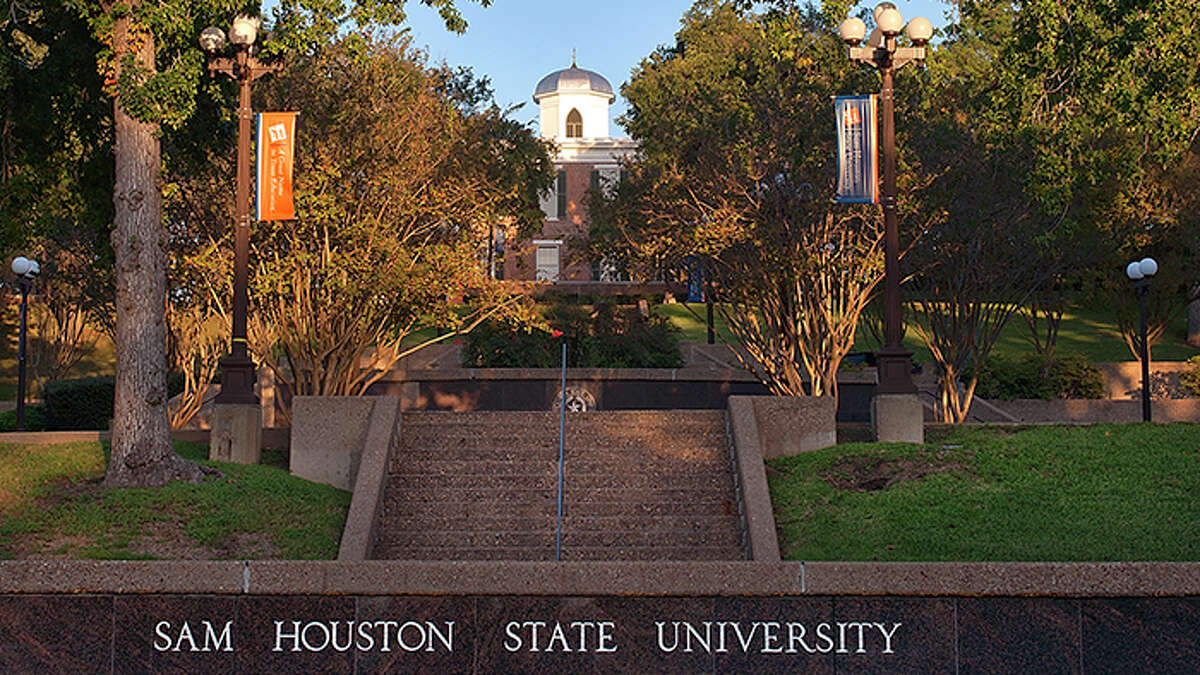 17. Sam Houston State University The 16,588 undergraduates at Sam Houston State University, excluding those taking only remote classes, make up 39.3 percent of Huntsville's population.  The school, currently operating a hybrid model, has reported 133 COVID-19 cases since Aug. 26.