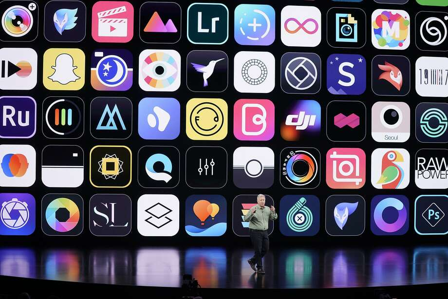 Senior Vice President Phil Schiller talks about the new iPhone 11 Pro and Max models at the Cupertino event. Photo: Tony Avelar / Associated Press