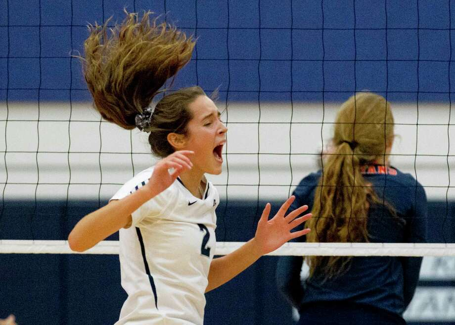 College Park's Noelle Palmer (2), pictured during the Kingwood Invitational volleyball tournament, surpassed 1,000 career kills in a win over Klein Forest on Tuesday, Sept. 10. Photo: Jason Fochtman, Houston Chronicle / Staff Photographer / Houston Chronicle