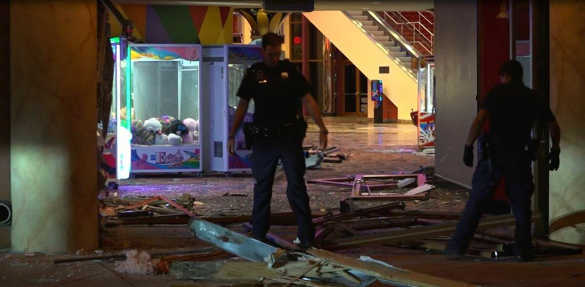 Houston police are investigating a reported smash and grab at an Upper Kirby-area theater.