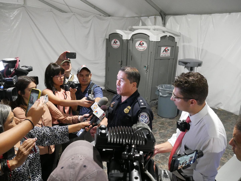 Downtown Laredo tent facility will begin processing asylum seekers Monday