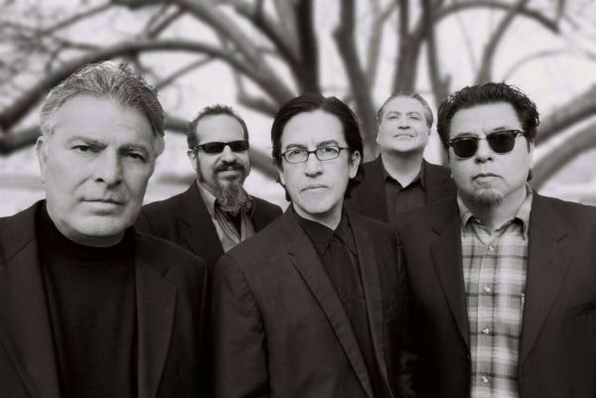 Los Lobos (Provided)