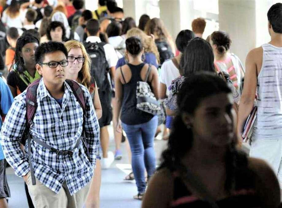 Students in the hallways between classes at Danbury High School, Photo: Carol Kaliff