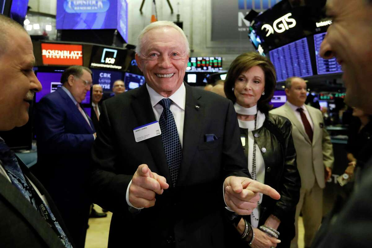 Dallas Cowboys owner, and major stockholder of Comstock Resources Jerry Jones, with wife Gene, visits the New York Stock Exchange trading floor before ringing the opening bell, Wednesday, Sept. 4, 2019. The company plans to drill four new wells in the natural gas-rich Haynesville Shale of East Texas.