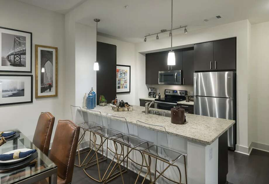 2450 Valdez St. | Photo: Apartment Guide