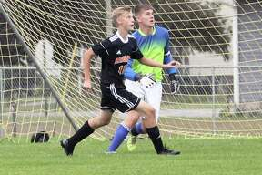 The Harbor Beach Pirates blanked the visiting Caro Tigers 1-0 Wednesday.