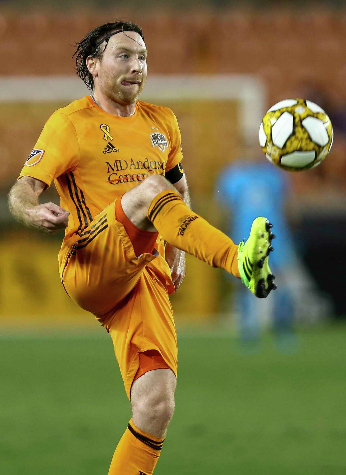 Houston Dynamo midfielder Thomas McNamara (11) brings down a ball to gain control against Minnesota United FC during the first half of an MLS match at BBVA Stadium Wednesday, Sept. 11, 2019, in Houston.