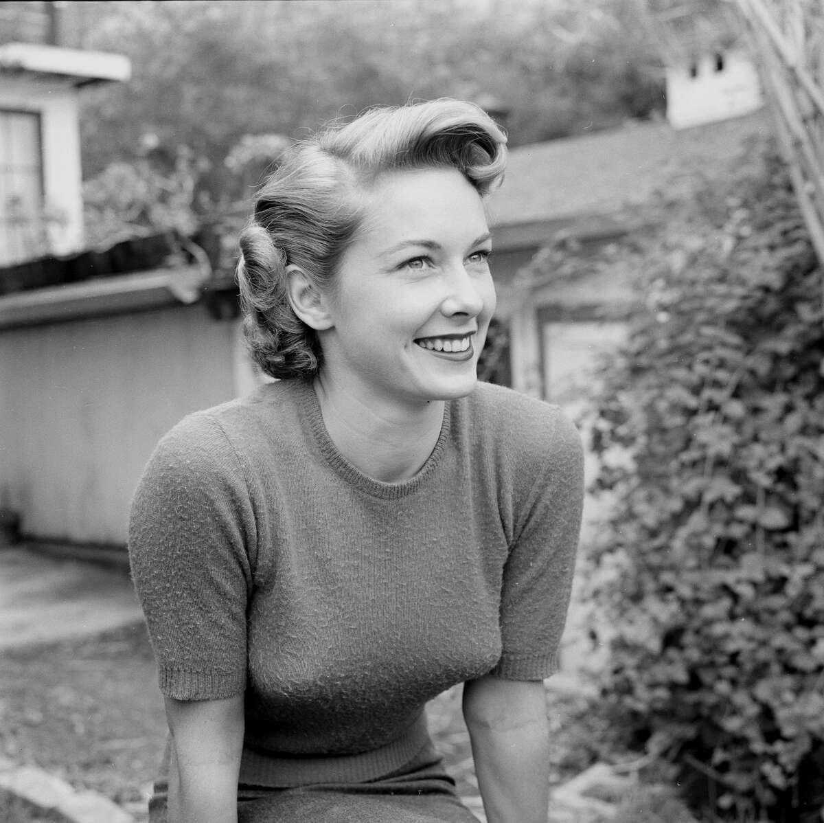 Actress Vera Miles, who served as the inspiration for the Carlotta portrait.