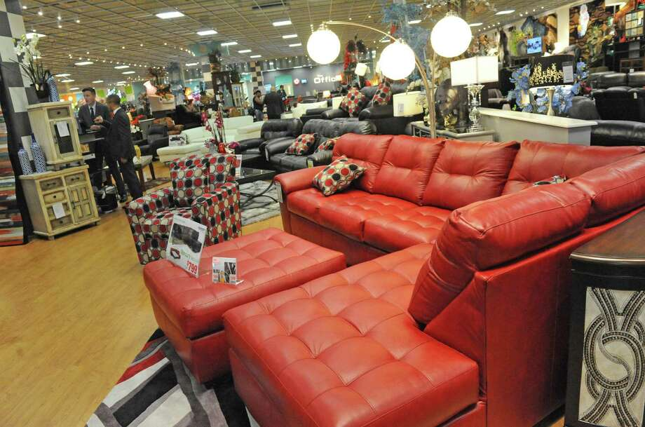 Bob's Discount Furniture is taking over the former Toys R Us store in Norwalk, Photo: Michael P. Farrell / Albany Times Union / 20036770A