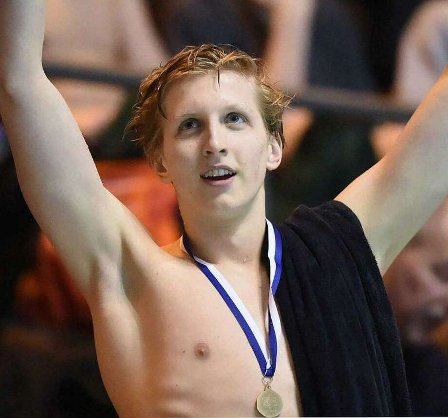 Ridgefield High graduate Kieran Smith set a new NCAA and American record in the 500-yard freestyle at the SEC men's swimming championships. Photo: Catherine Avalone / For Hearst Connecticut Media