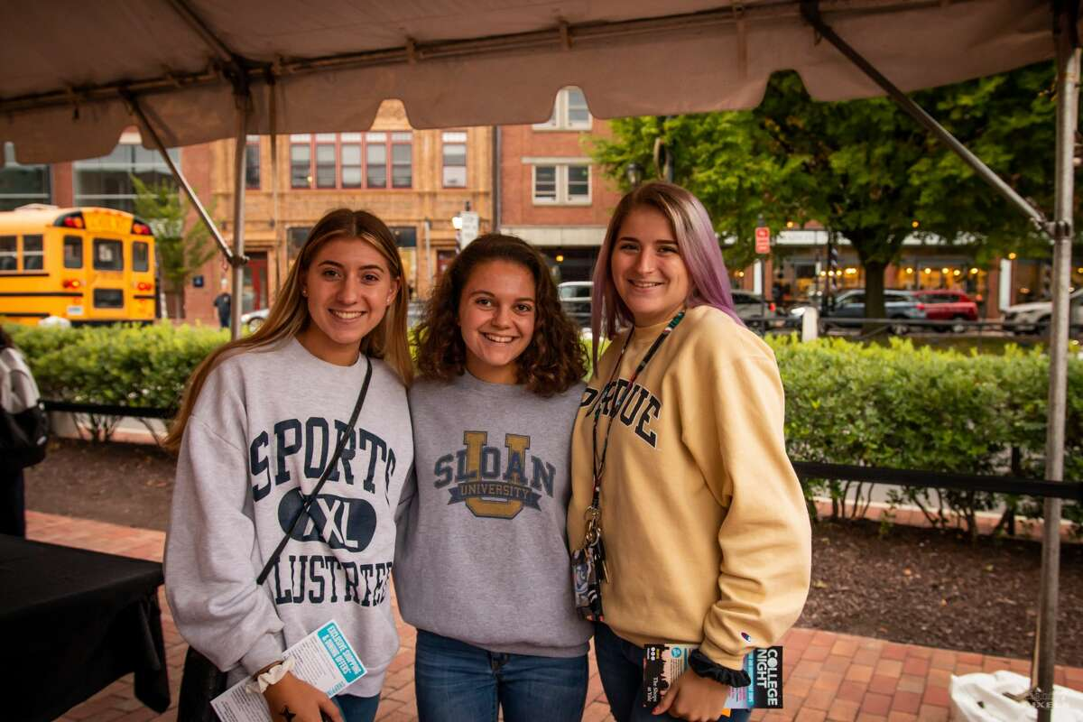 College Night on Broadway took place September 12, 2019 at the Shops at Yale in New Haven. Connecticut college and university students enjoyed food, shopping discounts, giveaways, games and more. Were you SEEN?