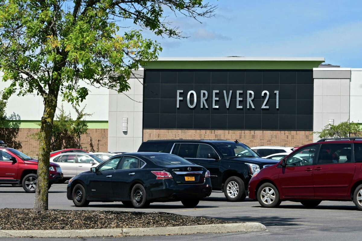 Exterior of Forever 21 on Friday, Sept. 13, 2019 in Guilderland, N.Y. (Lori Van Buren/Times Union)