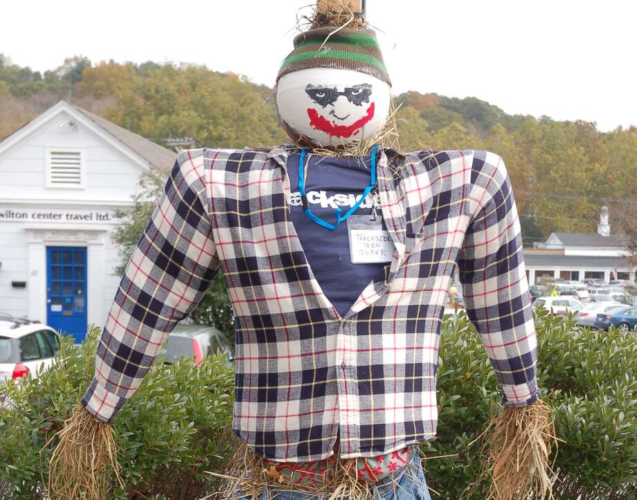 The Scarecrow Fest and scavenger hunt return to Wilton, just in time for Halloween. Photo: Jeannette Ross / Hearst Connecticut Media / Wilton Bulletin