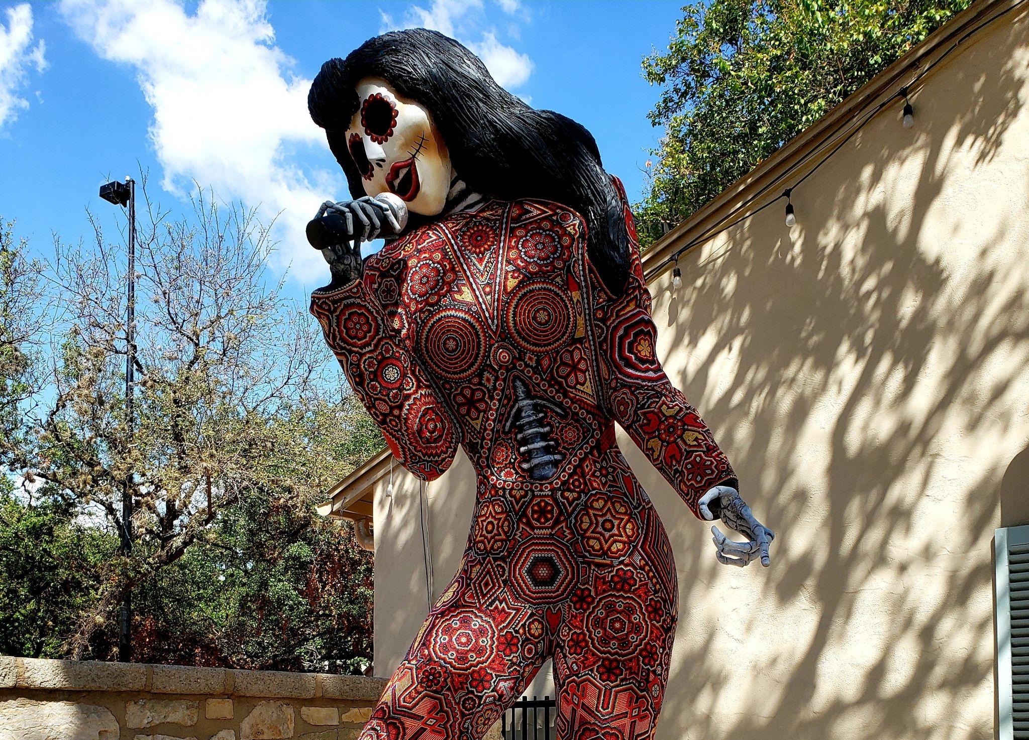 Selena Día de los Muertos 'catrina' unveiled at La Villita, returning in November