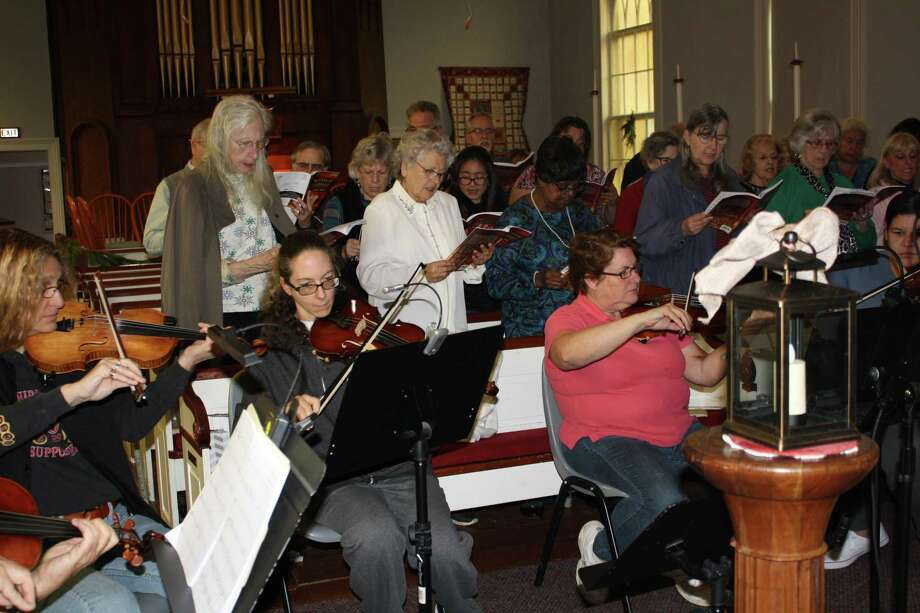 The Crossroads Ecumenical Choir and Orchestra, sponsored by the First Congregational Church of Torrington, invites interested singers and musicians to join the group in preparation for its cantata performance in December. Rehearsals begin Oct. 6. Photo: Ken Beyer / Contributed Photo